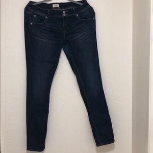 Hudson Collin Skinny Jeans Size: 28
